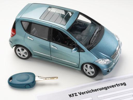 KFZ Versicherungsvertrag